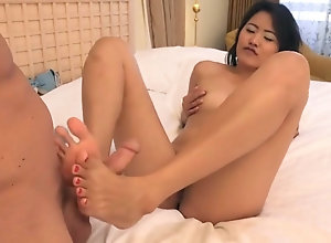 A incomparable Asian with Sexy feet. AC