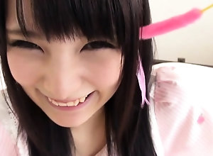 Japanese teen show one's age blowjob