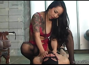 Japanese mistress Youko face-sitting to Slave