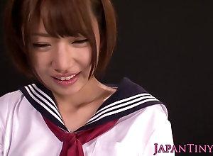 Tiny japanese les schoolgirls fingering