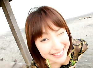 Hasegawa Momoka - yellow bikini