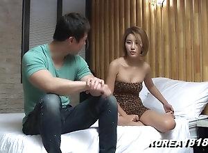 Korean porno Hot Korean Fondled No Panties!