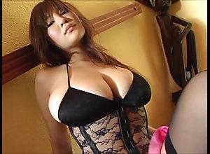 Japanese huge-titted Idol - Yoko Matsugane 04