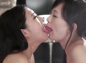 Uncensored lezzies - Yui Kyouno Miyuki Fukatsu